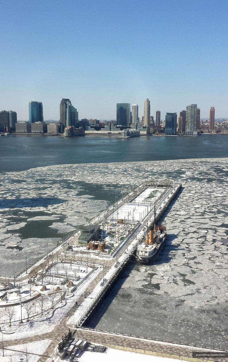 New York's Hudson River Turns to Ice