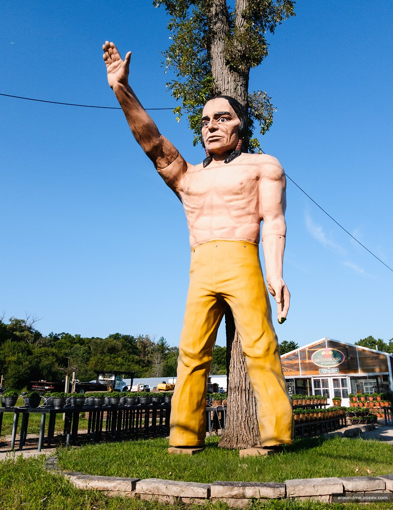 Muffler Man - Indian, Crystal Lake, IL